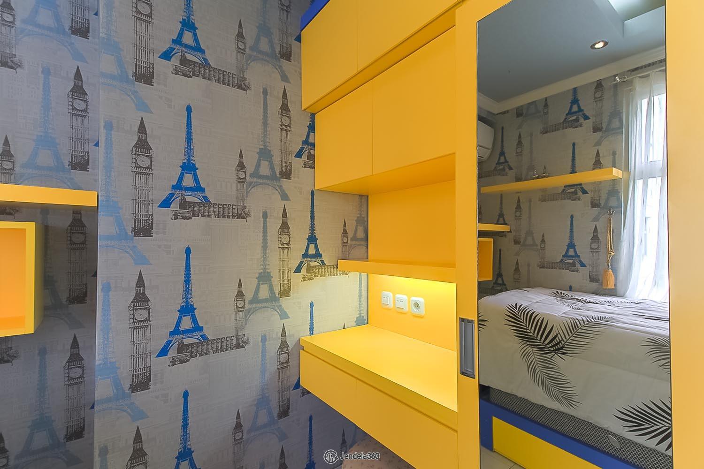 Bedroom 2 Pancoran Riverside Apartment