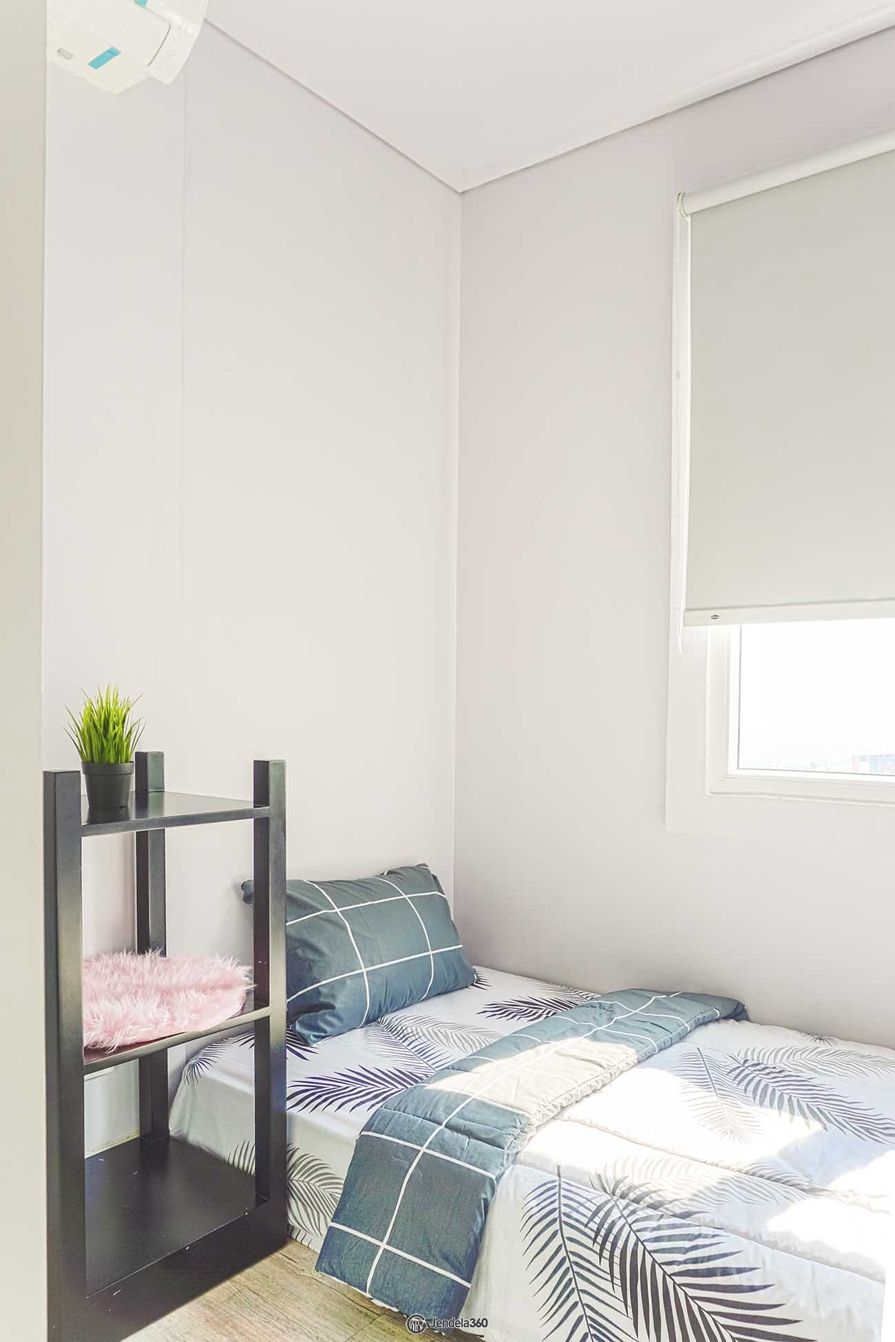Bedroom 2 Apartemen Metro Park Residence