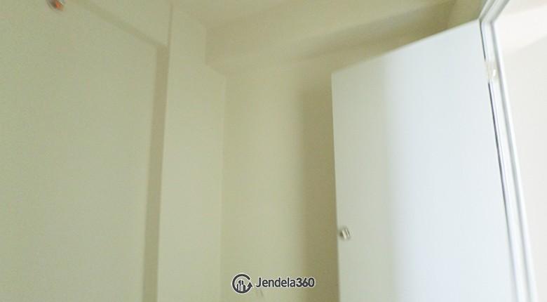 Bedroom 2 Apartemen Green Pramuka City Apartment