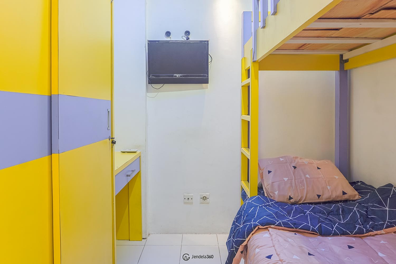 Bedroom 2 Green Park View Apartment Apartment