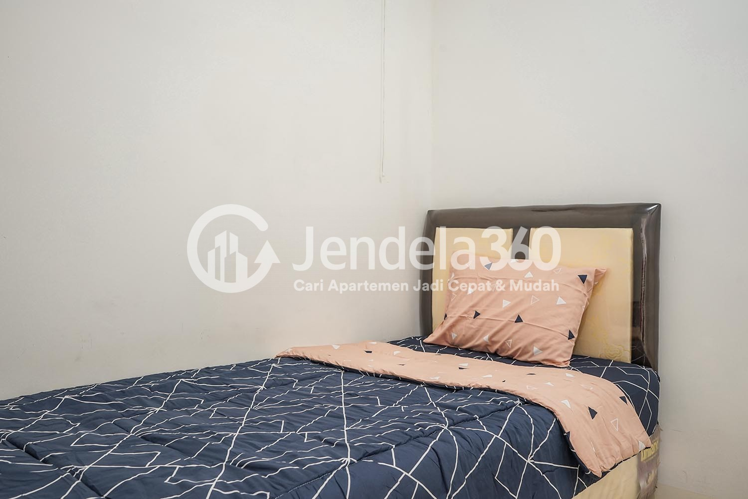 Bedroom 2 Apartemen Bassura City Apartment