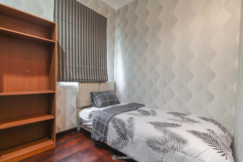 Bedroom 3 Apartemen Belleza Apartment