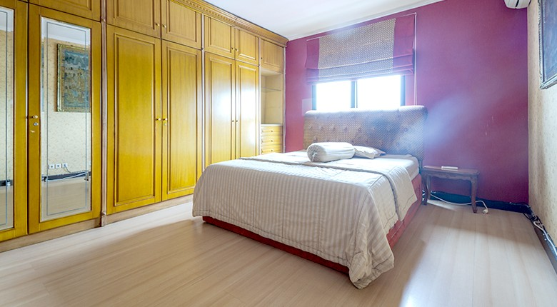 sewa apartemen red top apartment