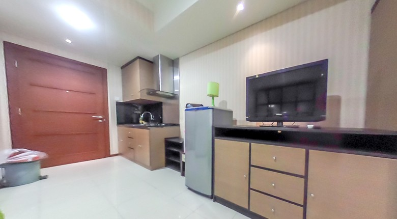 royal mediterania garden apartment for rent