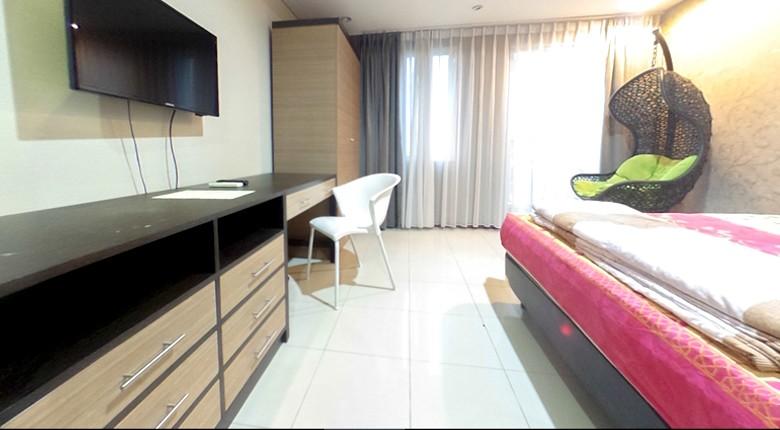 royal mediterania garden apartment for rent