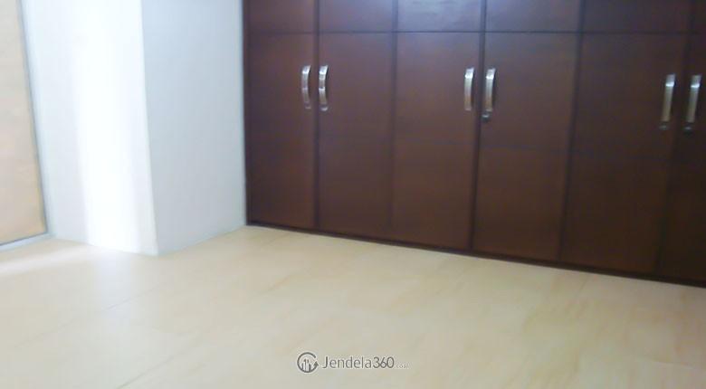 condominium rajawali apartment for rent