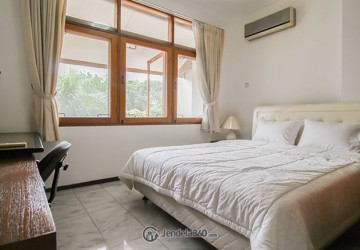 Wijaya Executive Mansion 2BR Fully Furnished