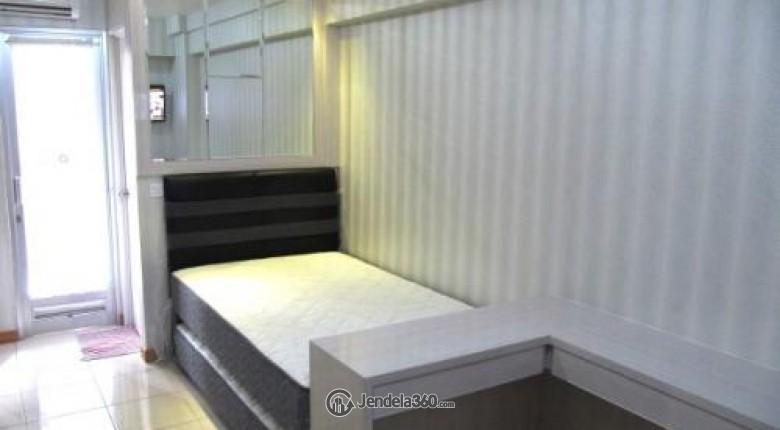 Bedroom Green Bay Pluit Apartment
