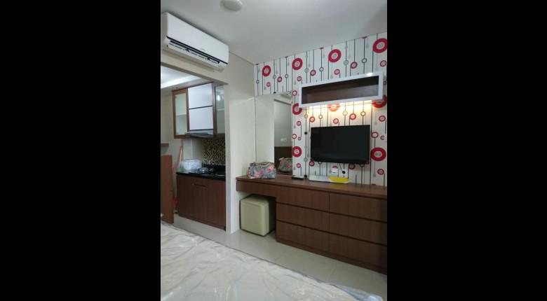 Bedroom Woodland Park Residence Kalibata Apartment
