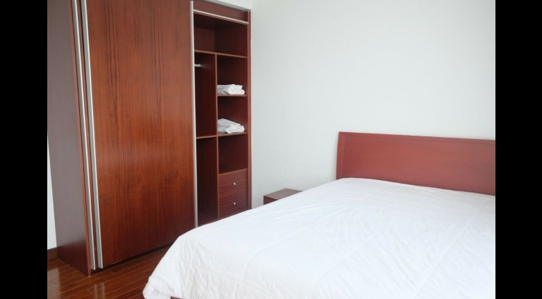 Bedroom Apartemen Essence Darmawangsa Apartment 3BR Tower South