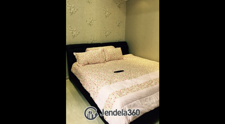 Bedroom Apartemen Royal Mediterania Garden Residence 3BR View City