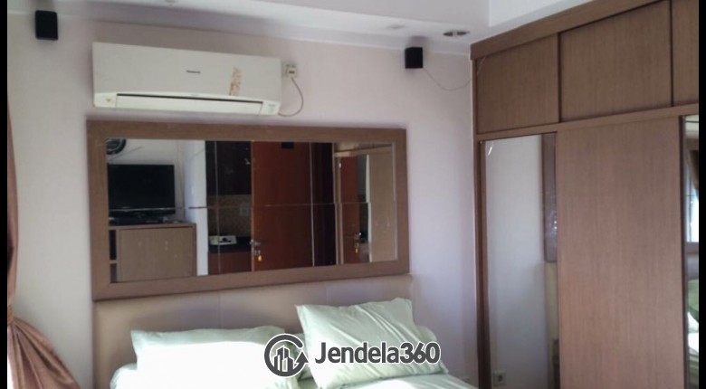 Bedroom Grand Kartini Apartment Studio Fully Furnished