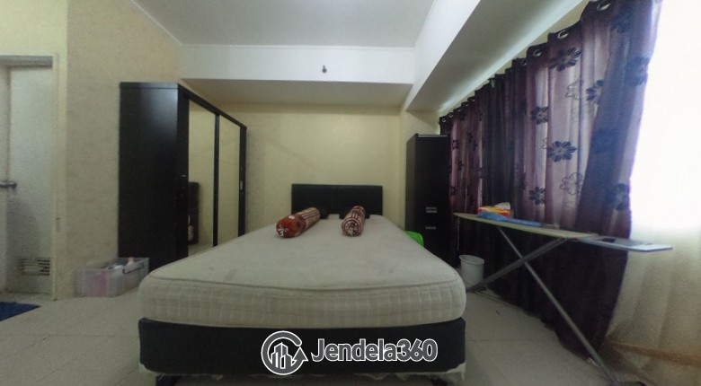 Bedroom Apartemen Season City Apartment Studio Tower C