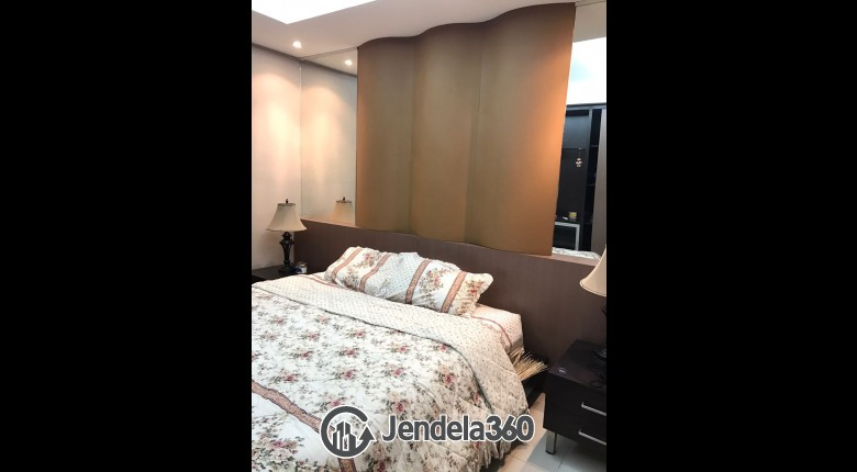 Bedroom Cosmo Mansion - Thamrin City 1BR View City Apartment