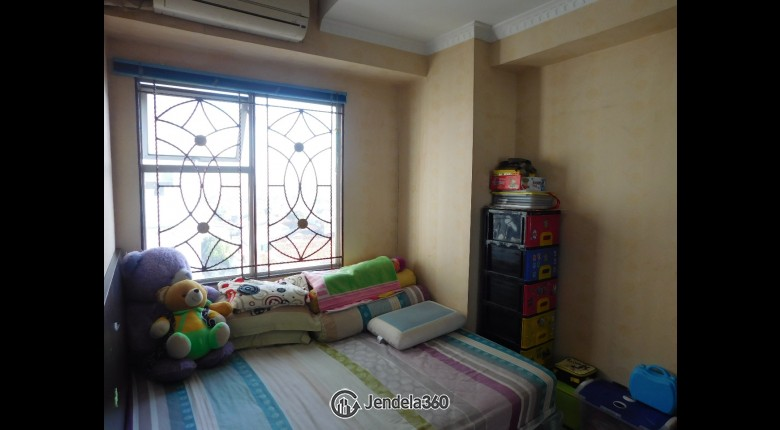 Bedroom Apartemen Green Park View Apartment 2BR View City