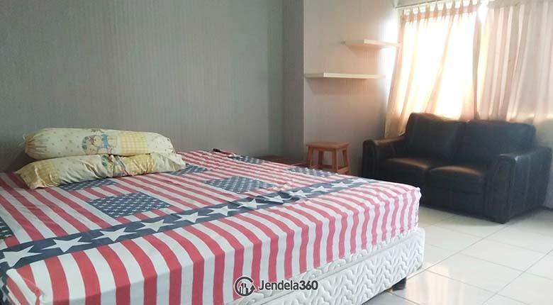 Bedroom Apartemen Season City Apartment Studio Fully Furnished