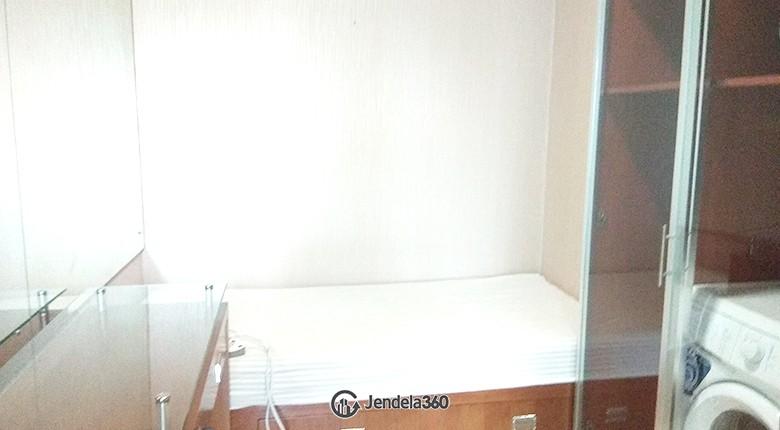 Bedroom Apartemen Hamptons Park Apartment