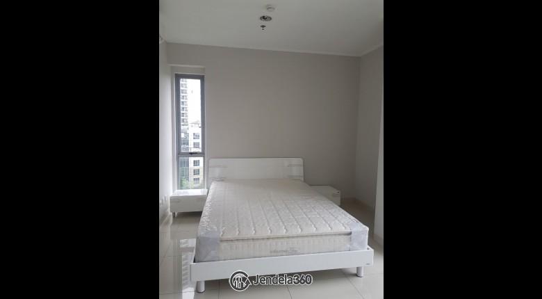 Bedroom Apartemen The Mansion Kemayoran Bougenville 2BR View City