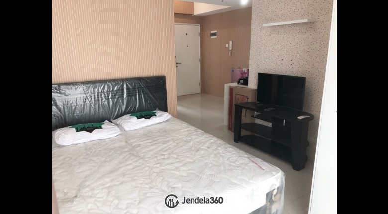 bedroom Apartemen Season City Apartment 1BR Fully Furnished