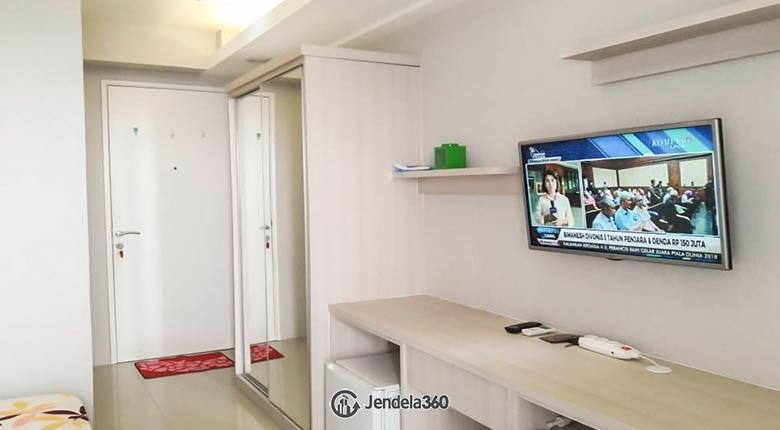 bedroom Bassura City Apartment
