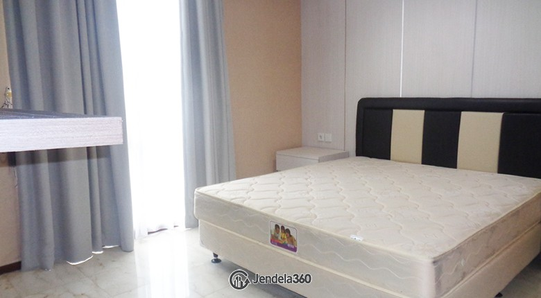 bedroom Royal Mediterania Garden Residence Apartment