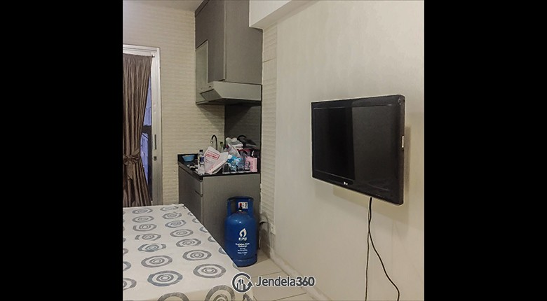 Bedroom Green Bay Pluit Apartment
