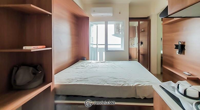Bedroom Green Pramuka City Apartment