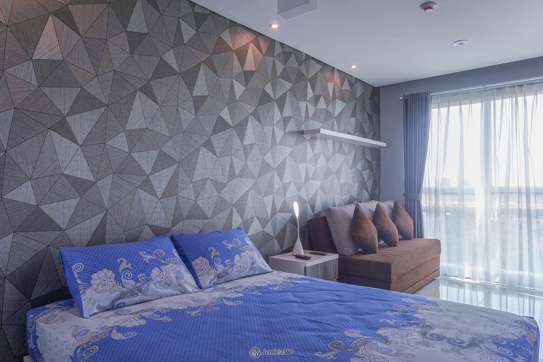 Bedroom Woodland Park Residence Kalibata