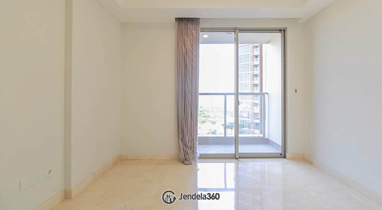 Bedroom Apartemen Gold Coast Apartment