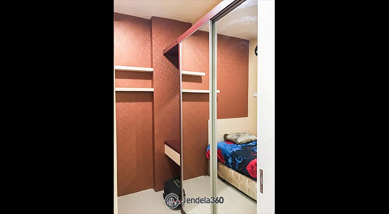 Bedroom Green Pramuka City Apartment