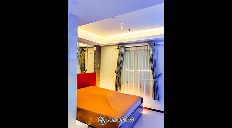 Bedroom Royal Mediterania Garden Residence