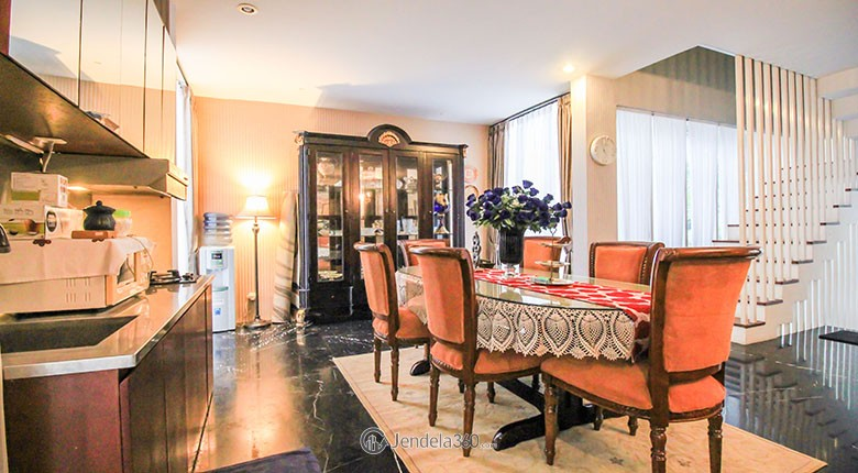 sewa apartemen utopia extraordinary living residence