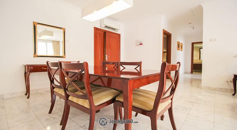 Dining Room Apartemen Menteng Regency