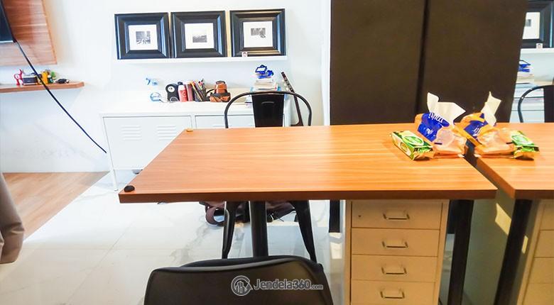 Dining Room Apartemen Ambassade Residences