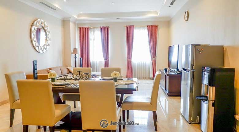 Dining Room Apartemen Belleza Apartment