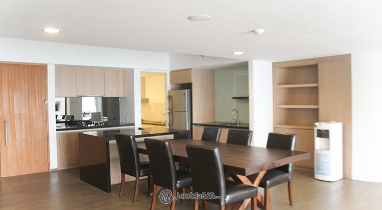 Dining Room Apartemen Verde Residence