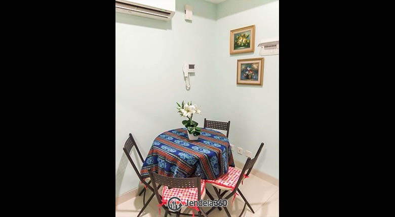dining room The Mansion Kemayoran Bougenville Apartment