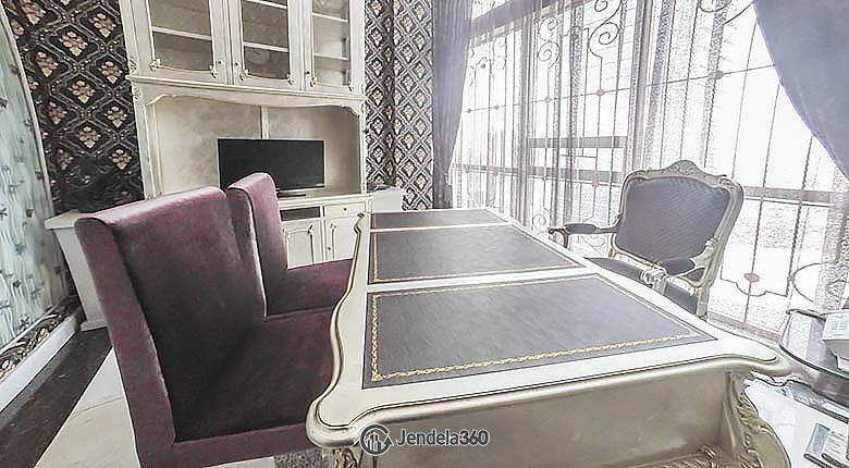 Dining room Apartemen ST Moritz Apartment