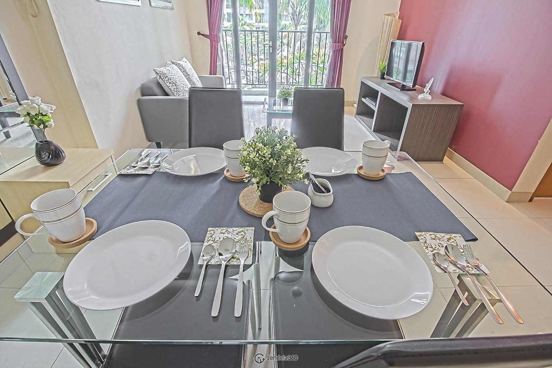 Dining room Apartemen Hamptons Park Apartment