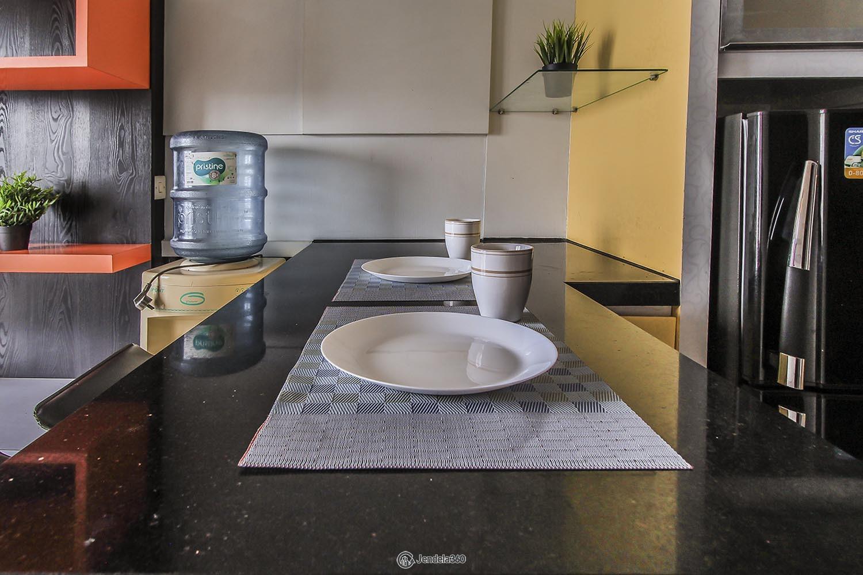 Dining Room Apartemen Puri Park View Apartment