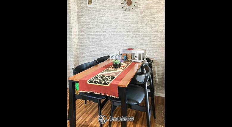 Dining Room Apartemen Bassura City Apartment