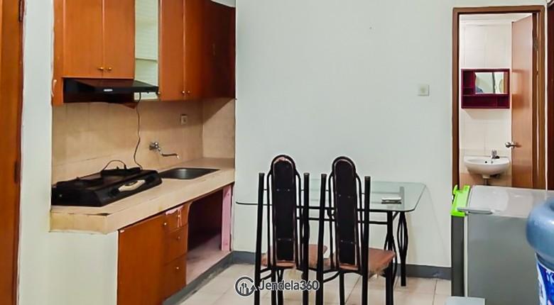Dining Room Mediterania Gajah Mada Apartment