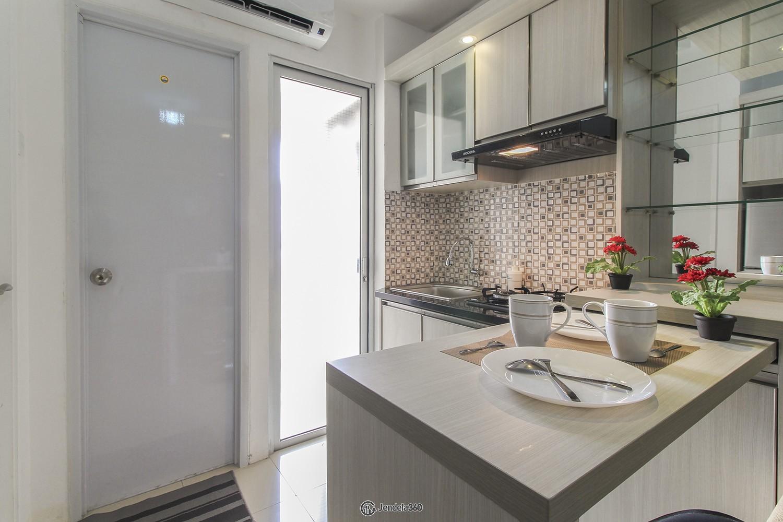 Dining Room Apartemen Bassura City Apartment