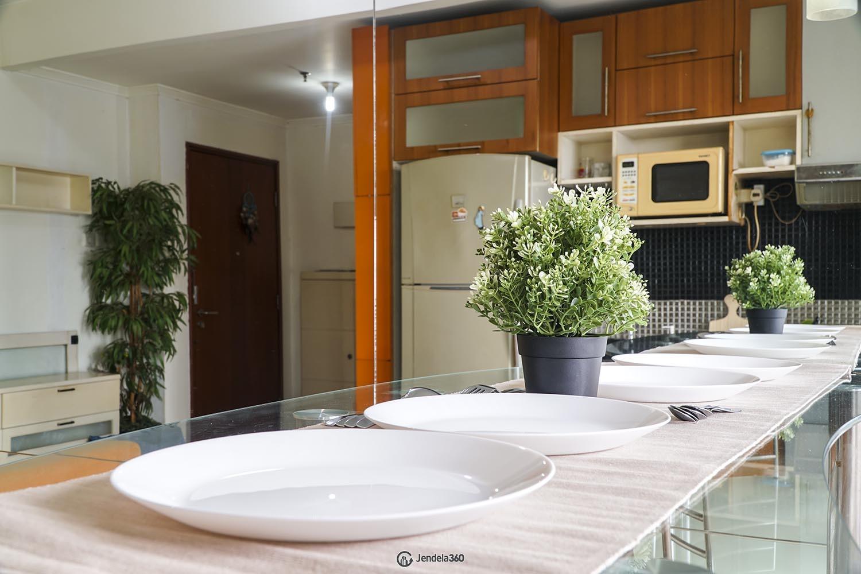 Dining Room Apartemen Sudirman Park Apartment