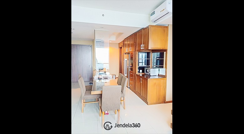 Dining Room Apartemen Kemang Village Apartment