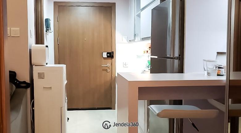 Dining Room Apartemen Puri Orchard Apartment