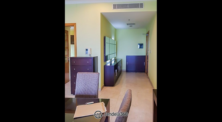 Dining Room Apartemen Senayan Residence