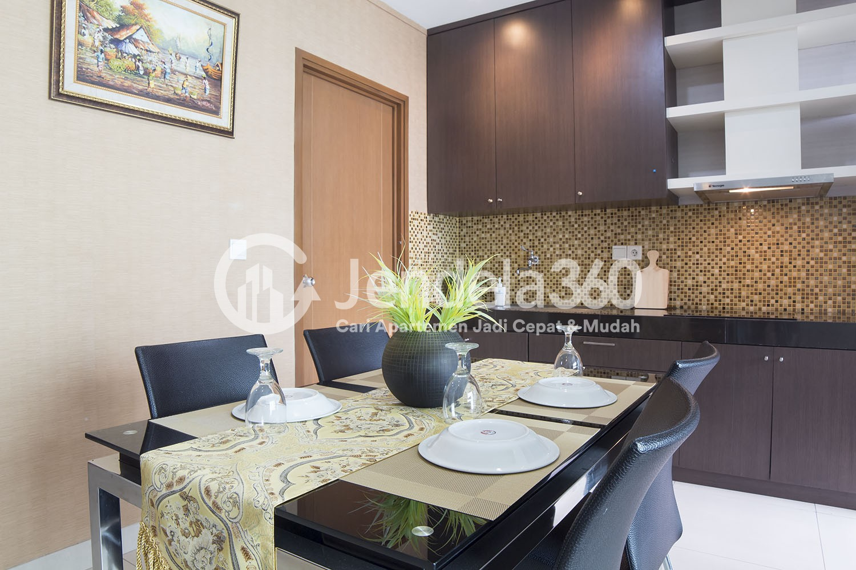 Dining Room Apartemen Sahid Sudirman Residence