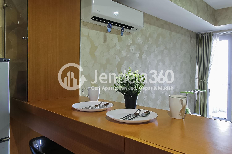 Dining Room The Mansion Kemayoran Jasmine Apartment