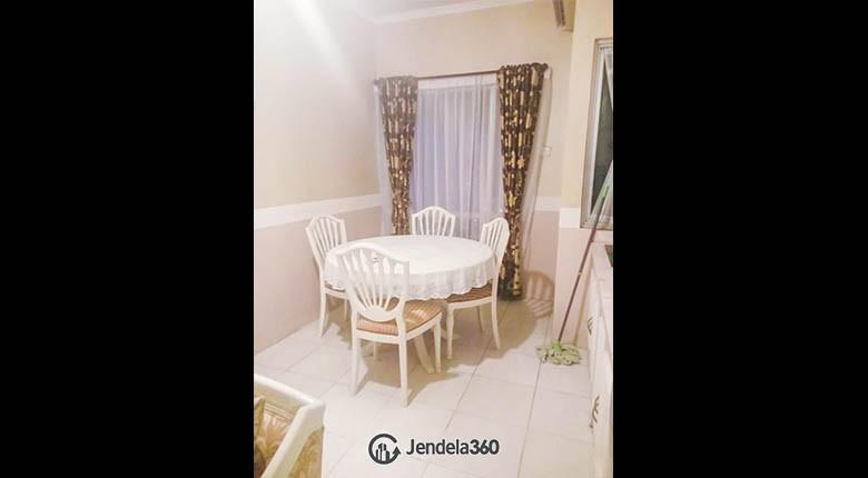 diningroom Sudirman Park Apartment Apartment